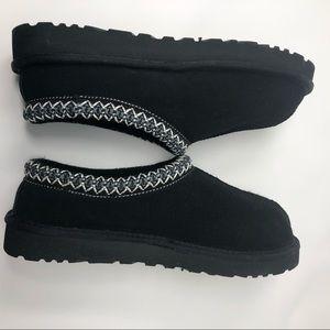 Uggs Tasman slippers